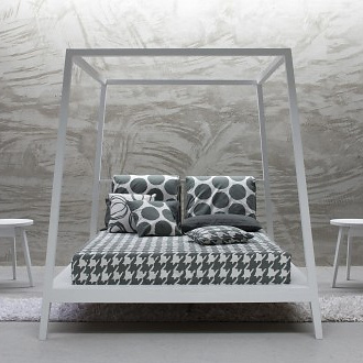 paola-navone-gray-81-bed_2a2t
